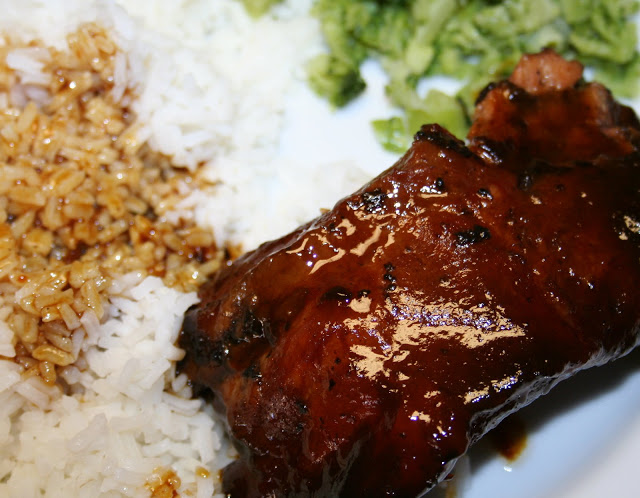 Sweet and sour crockpot ribs | 25+ Slow Cooker Recipes Kids Love