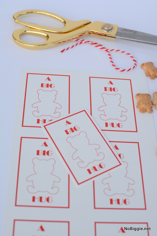 a big bear hug printable tags - for a friend who needs a smile   #PaddingtonMovie