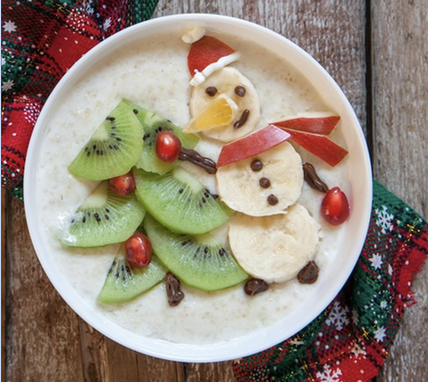 banana kiwi Holiday oatmeal | Healthy Holiday food ideas