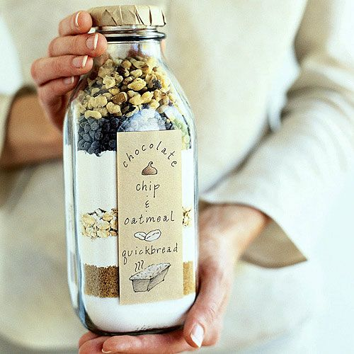 Chocolate Chip and Oatmeal Quick bread | 25+ Mason Jar Gift Ideas