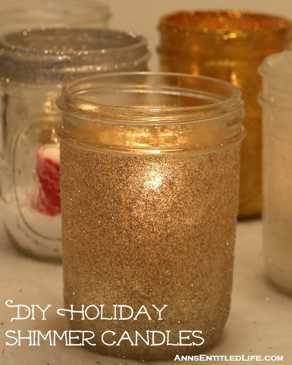 DIY Holiday Shimmer Candles | 25+ Mason Jar Gift Ideas