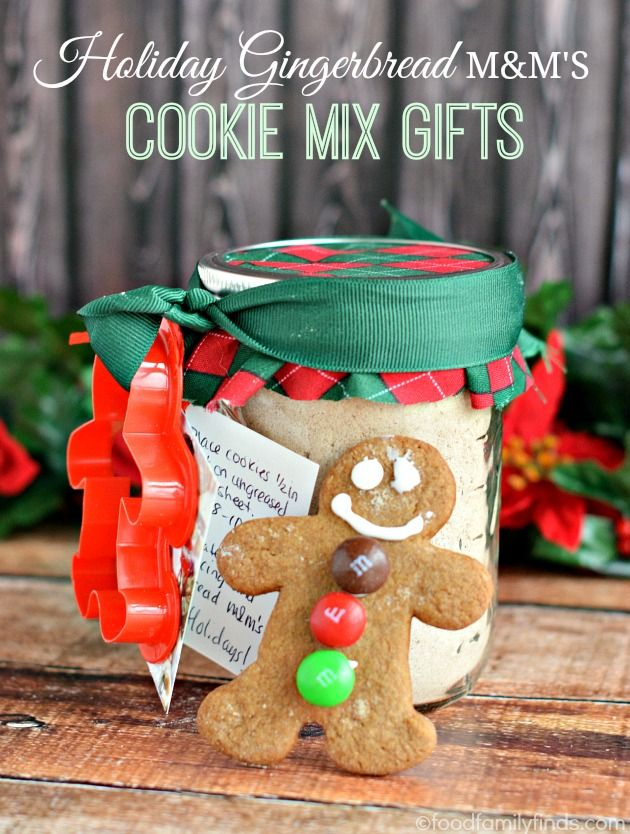 Holiday Gingerbread M&M's Cookie Mix Jar Gift | 25+ Mason Jar Gift Ideas