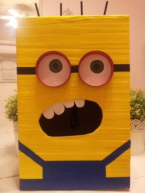 Schön Despicable Me Minion Valentine Box