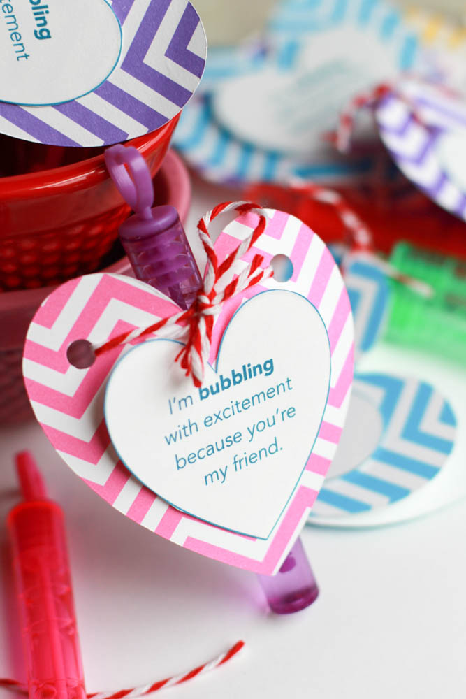 Mini bubble wand Valentine - 25+ Creative Classroom Valentines - NoBiggie.net
