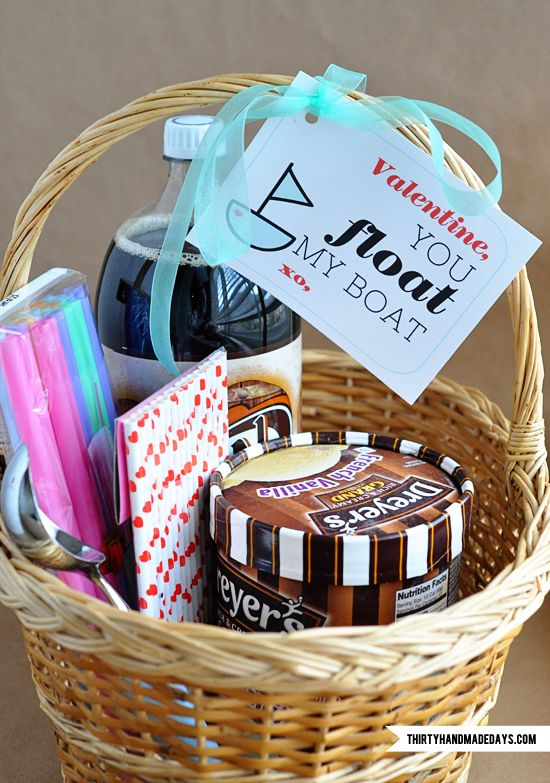 You float my boat | 25+ Sweet Gifts for Him for Valentine's Day