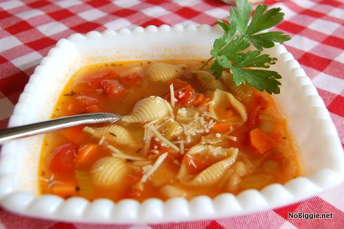 Easy Minestrone Soup   NoBiggie.net