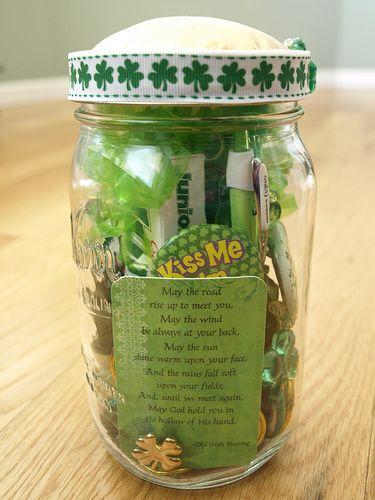 St. Patrick's Day Mason Jar | 25+ St. Patrick's Day ideas