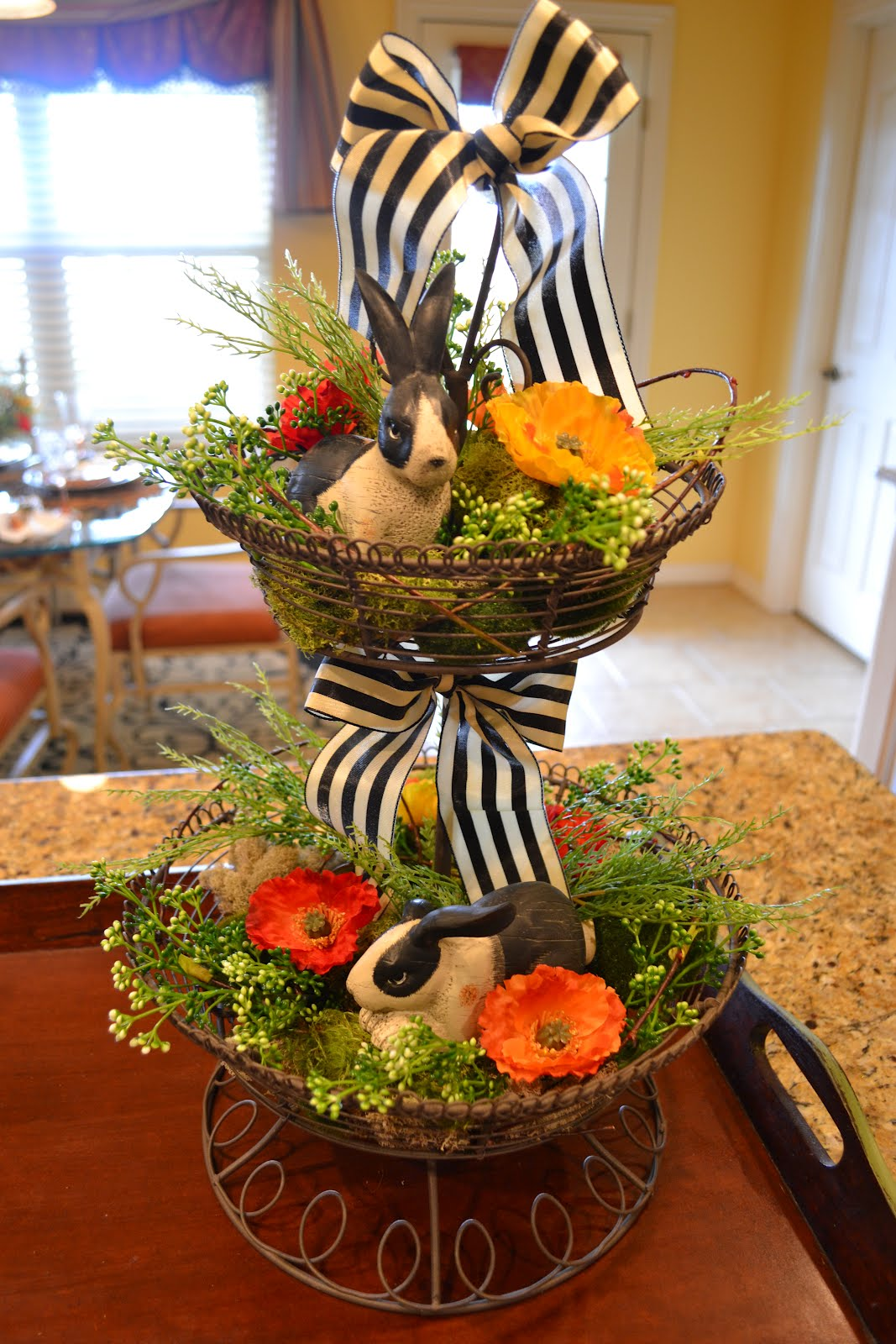 Decorated Wire Stand | 25+ Easter and Spring Decorations