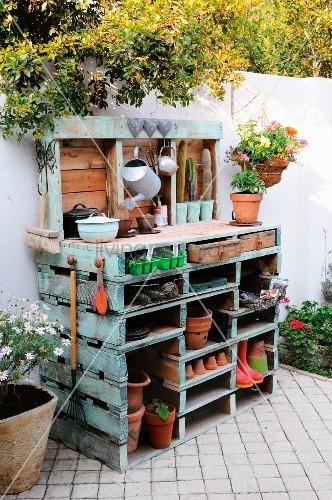 diy pallet garden projects 2
