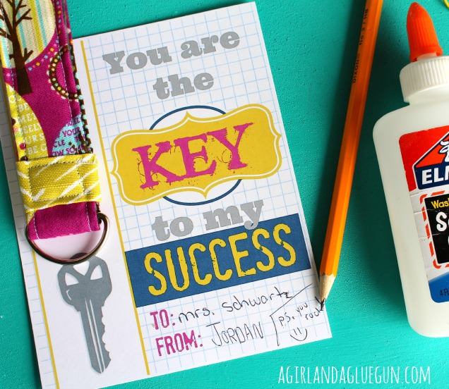 Key to my success–free teacher printables with keychain | 25+ teacher appreciation week ideas