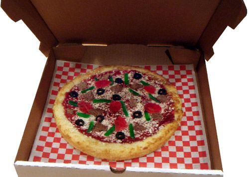 Pizza Cake   25+ April Fools Day ideas