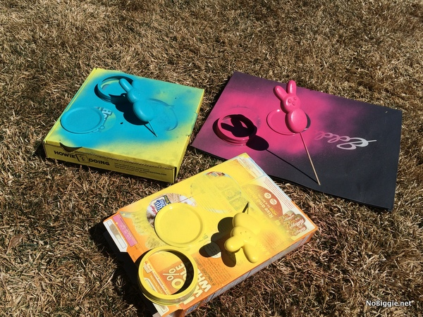 Quick tip - use old shopping bags, cereal and pizza boxes to spray paint things on outside | NoBiggie.net
