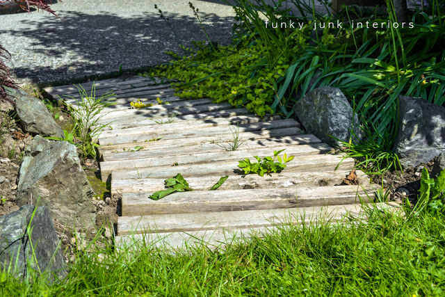 Do It Yourself Home Design: 25+ Garden Pallet Projects