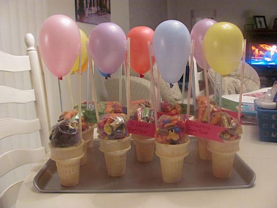 Hot Air Balloon Gift | 25+ May Day ideas