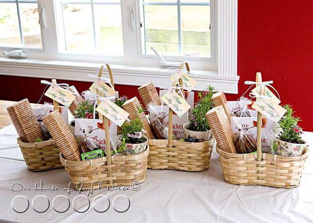 May Day Baskets | 25+ May Day gift ideas