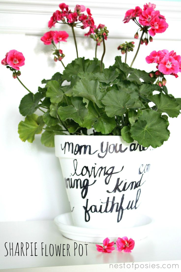 Sharpie Flower Pot | 25+ Mother's Day Gift Ideas
