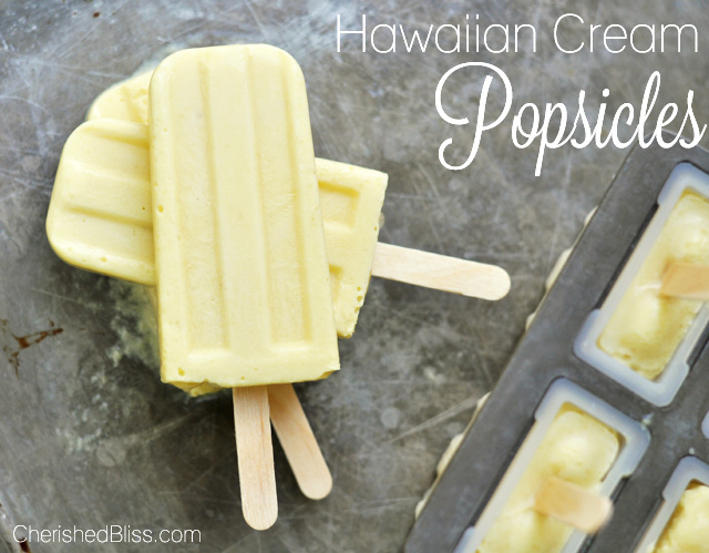 Hawaiian Cream Popsicles | 25+ Popsicle Recipes