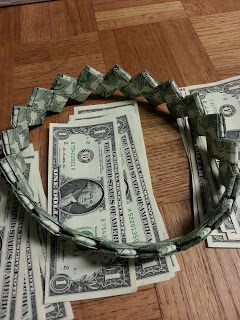Money Headband for Graduation | 25+ Graduation gift Ideas