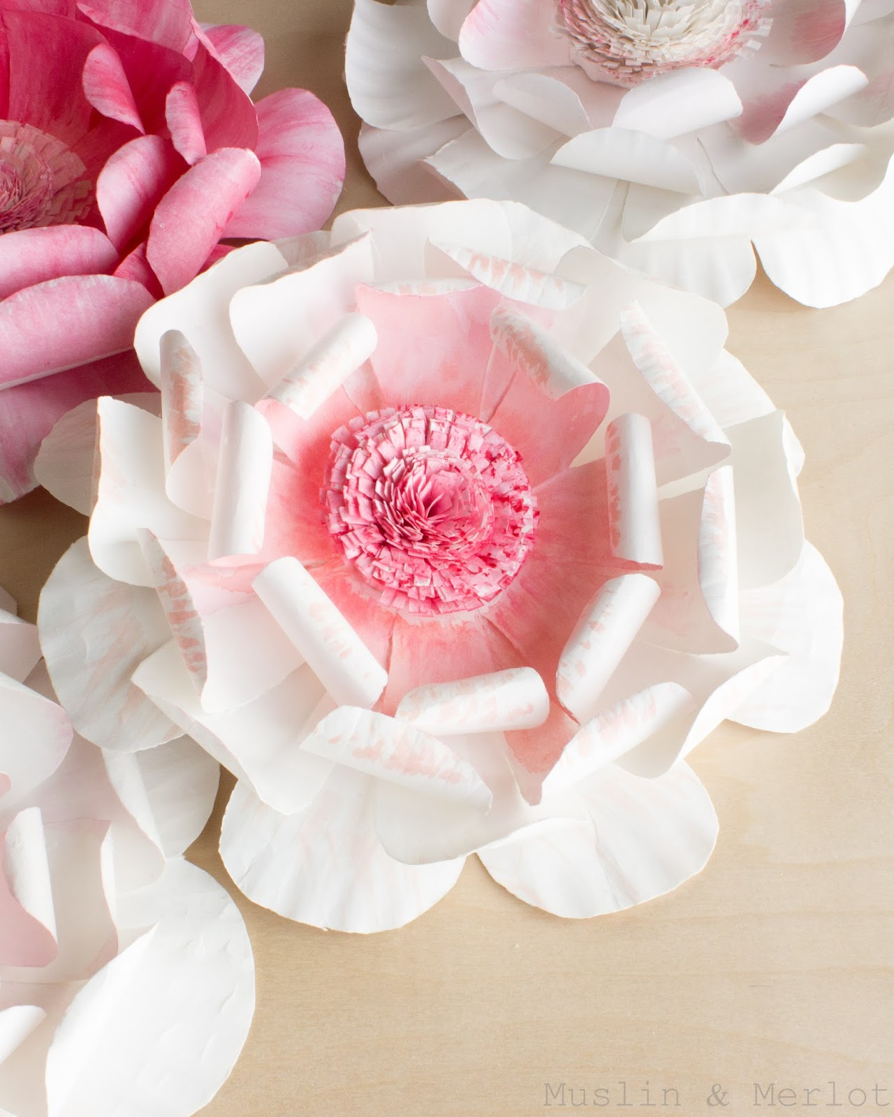 Paper plate flowers | 25+ Paper Plate Crafts
