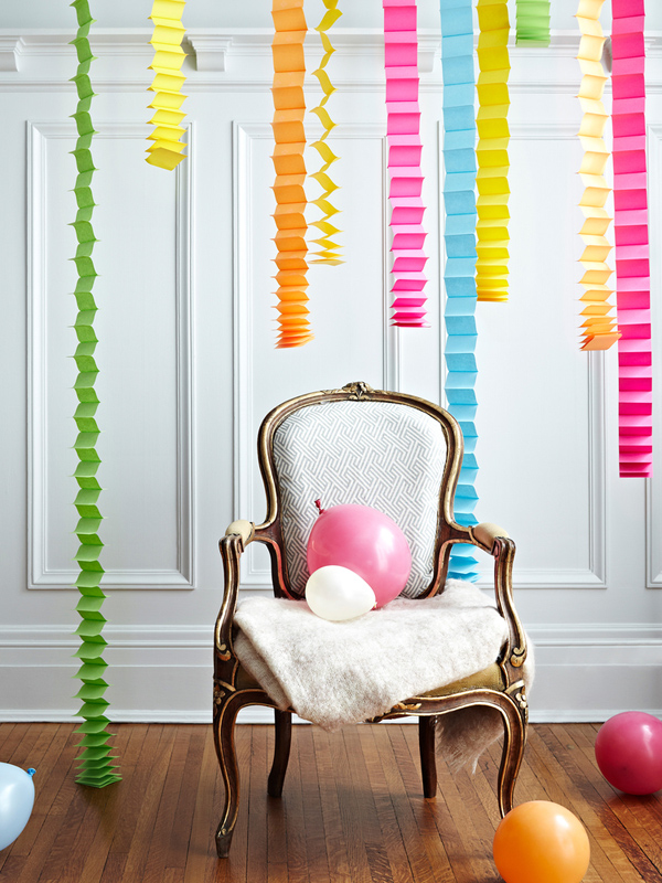 Post it note party decor