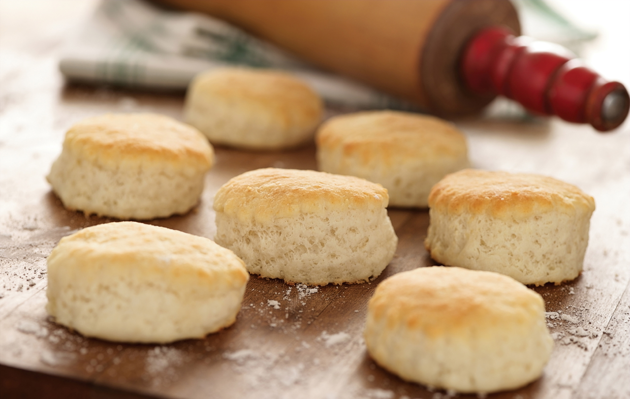 Three ingredient Southern Biscuits | 25+ Three Ingredient Recipes