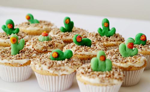 Cactus Marzipan Cupcakes | 25+ Cactus crafts and DIY