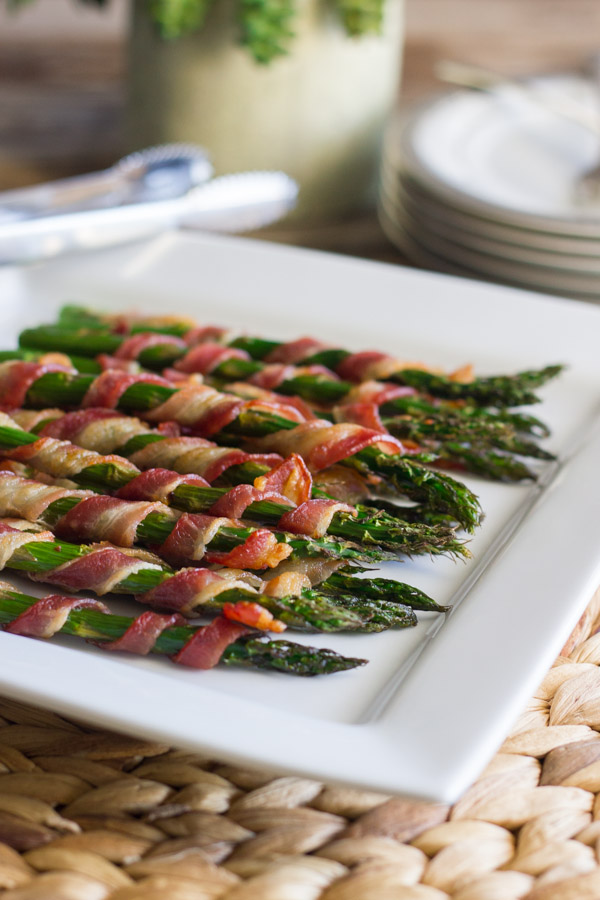 Two Ingredient Bacon Wrapped Asparagus | 25+ Two Ingredient Recipes