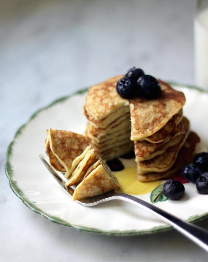 Two Ingredient Banana Pancakes | 25+ Two Ingredient Recipes