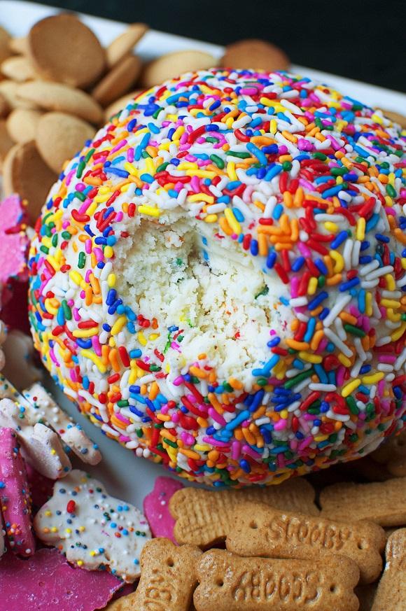 Cake Batter Cheesecake Cheese Ball