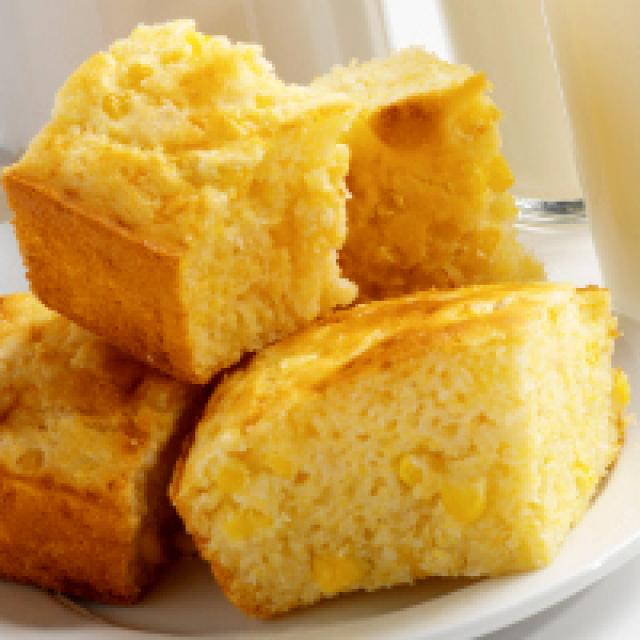 Corn Bread with Corn | 25+ fresh corn recipes