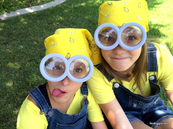 Easy summer Minions costume | NoBiggie.net