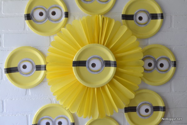 Minions Party wall