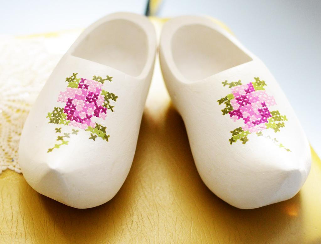 Painted Cross Stitch Clogs | 25+ Cross-Stitch Style Craft Ideas
