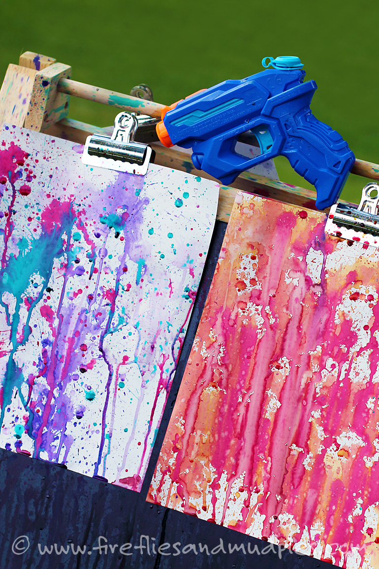 Squirt Gun Painting | 25+ Summer Crafts for Kids