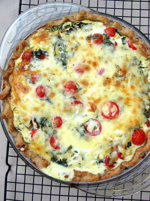 Tomato and fresh corn quiche | 25+ fresh corn recipes