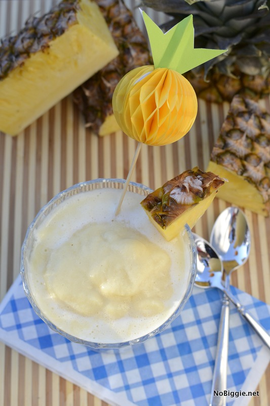 paper pineapple drink stirrer DIY| NoBiggie.net