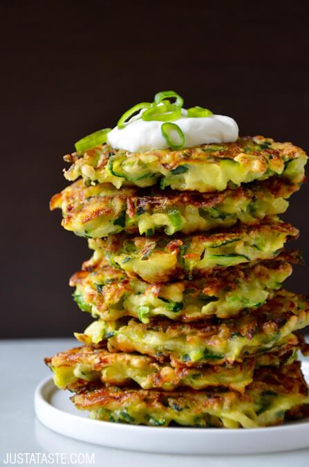 5-ingredient zucchini fritters | 25+ zucchini recipes
