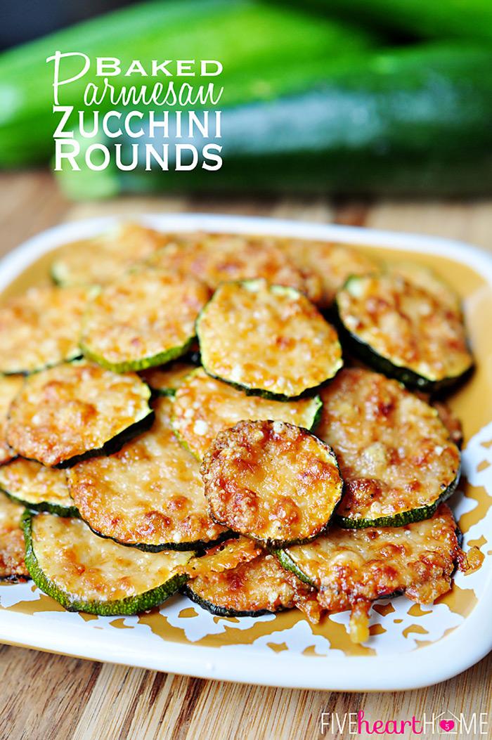 Baked parmesan zucchini rounds | 25+ zucchini recipes