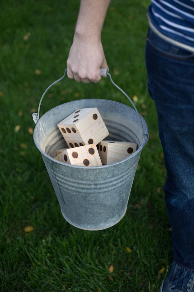 DIY Yard Yahtzee   25+ Yard Games