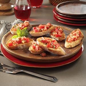 Garlic Tomato Bruschetta   25+ fresh tomato recipes