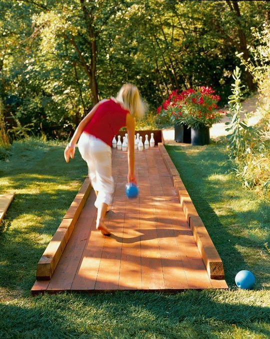 Outdoor Bowling Alley | 25+ Yard Games