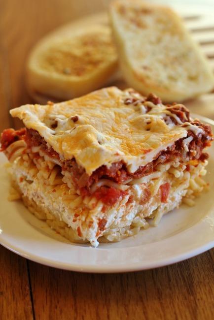 million dollar spaghetti casserole | 25+ freezer meal ideas