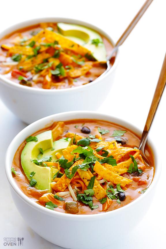 20-minute cheesy chicken enchilada soup | 25+ delicious soup recipes