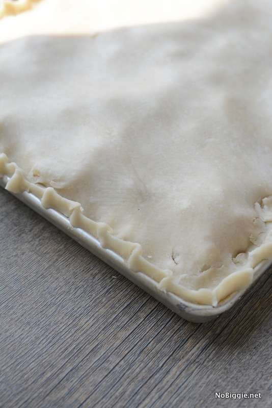 Big Caramel Apple Slab Pie this recipe is amazing! Get it on NoBiggie.net