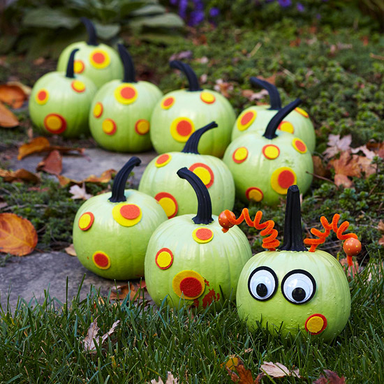 Caterpillar painted pumpkins | 25+ no-carve pumpkin ideas