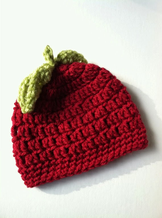 Red Apple Crochet Baby Hat - 25+apple projects and kids crafts - NoBiggie.net