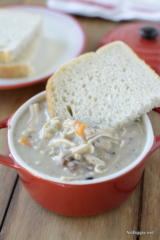 creamy crockpot chicken and wild rice soup - so delicious | NoBiggie.net
