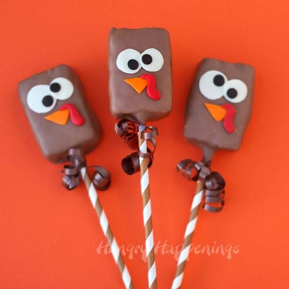 Chocolate rice krispies treats turkey pops | 25+ Thanksgiving treats