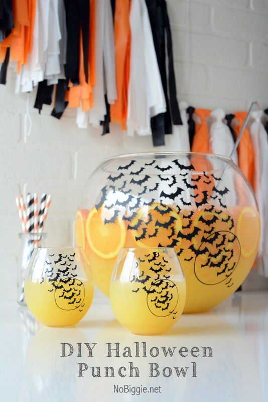 DIY Halloween punch bowl | 25+ Halloween party decor ideas