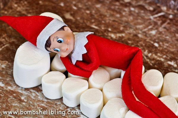 Elf on the shelf using marshmallows | 25+ elf on the shelf ideas